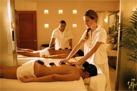 Dont Cancun erotic massage service