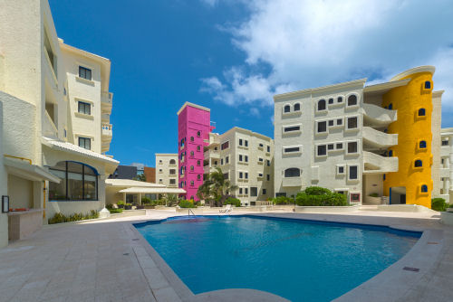 Nyx Hotel Cancun In Cancun Mexico Bid On A 7 Night Stay In A Studio 1 Or 2 Bedroom Suite