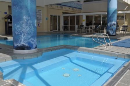 Бассейн фотография отеля Ocean Key Resort.