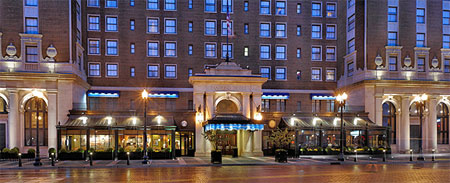 Grand Rapids Hotels >> The Townsend Hotel Atheneum Suite Hotel Amway Grand Plaza ...