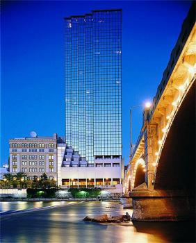 2017 Luxury Hotels In Detroit Grand Rapids Or Troy Michigan Bid Per Room Night Choose Your Length Of Stay At A Hotel Choice
