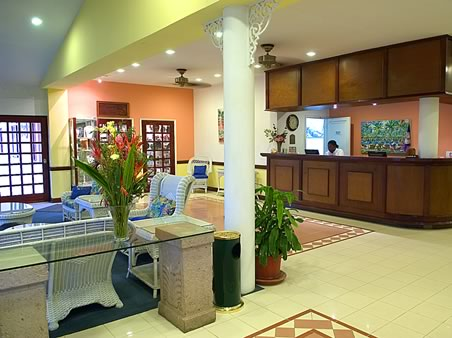 Bid Per Room Night Choose Your Length Of Stay At The Best Western Belize Biltmore Plaza In City