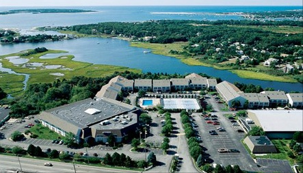 7 Nights At The Cove At Yarmouth In West Yarmouth