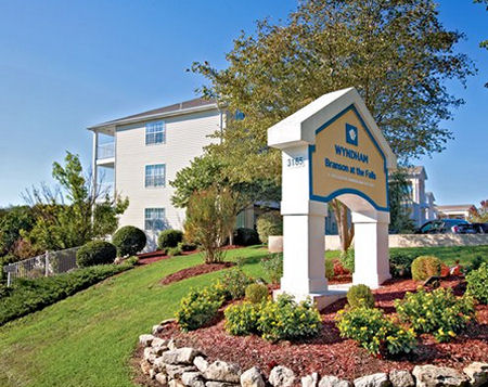 Wyndham Branson At The Falls Branson Mo Bid On A 7 Night Stay In A Studio Or 1 Bedroom Suite