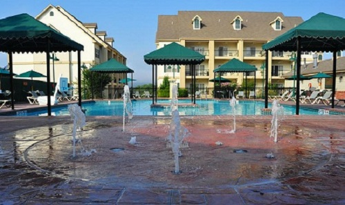 7 Nights In A1 2 Or 3 Bedroom Suite At The French Quarter In Branson Missouri