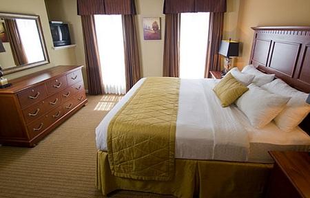 in williamsburg virginia bid per 7 nights in a 2 bedroom suite