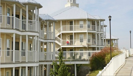 7 Nights At The Silverleaf 39 S Holiday Hills In Branson