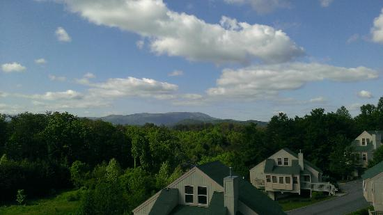 1 Or 2 Bedroom Suite At Sunrise Ridge Resort In Pigeon Forge Tennessee