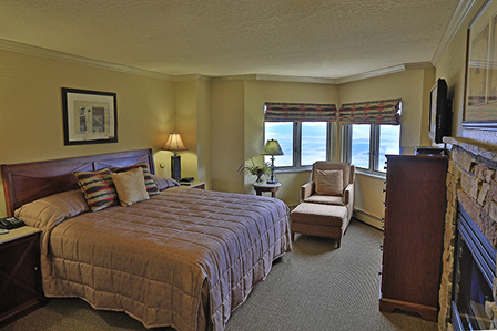 Bid Per 7 Night Stay in a Studio 1 or 2 Bedroom Suite at The Ridge